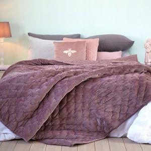 כיסוי מיטה/ שמיכה מדגם הולנד בצבע ורוד
