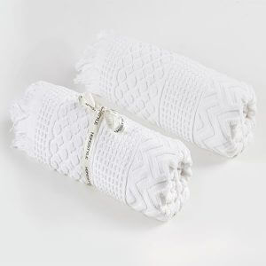 מגבת חוף לולה בצבע לבן